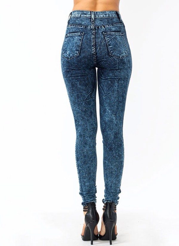 Acid wash jeans high waisted