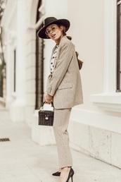 jacket,blazer,printed blazer,pants,printed pants,hat,matching set,pantsuit,felt hat