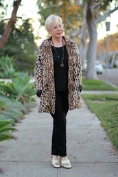 unefemme,blogger,jewels,coat,sweater,jeans,shoes,animal print,winter outfits,black pants,loafers