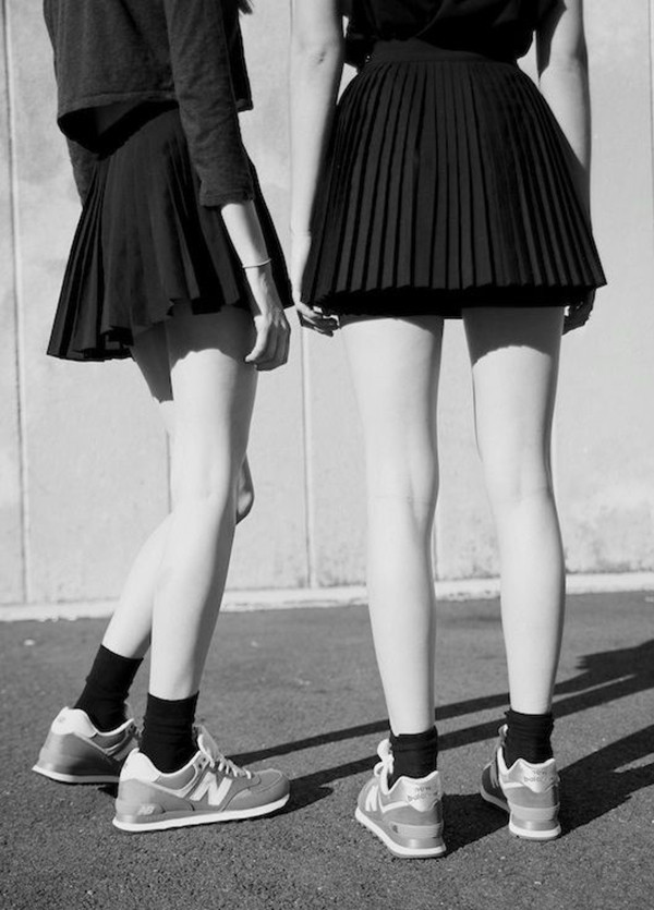 eat sleep wear shoes skirt black black skirt back to school tennis pleated skirt sneakers new balance socks tumblr nude black and white