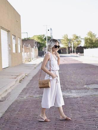 pants tumblr white pants white culottes culottes bag top white top shoes slide shoes jumpsuit white jumpsuit sunglasses