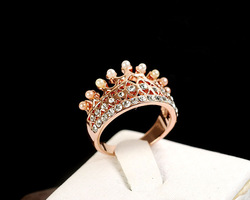 Online shop noble crystal rhinestones shell pearl crown ring fashion lovely personality casual gift