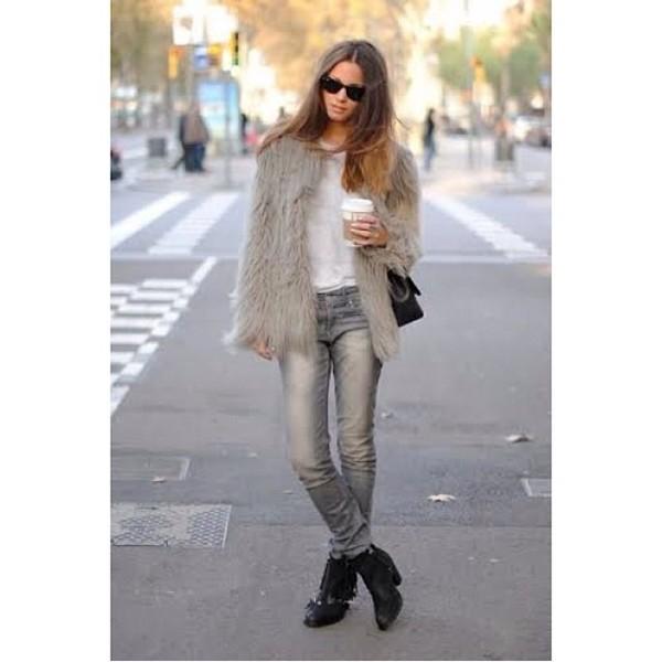 jacket coat fur jacket faux fur faux fur jacket ootd wiwt fashion blogger fashion style stylishf fashionista