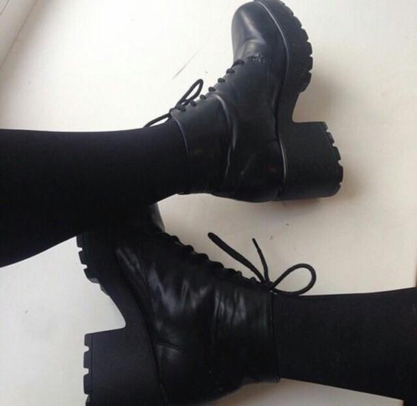 shoes anfibi black black shoes heels boots black