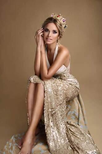 dress crown golden crown golden dress open back long dress promdress gold sexy long queen princess dress princess royalty living royal gorgeous gold amazing accessories earrings gold dress gold jewelry crowns beautiful dresses