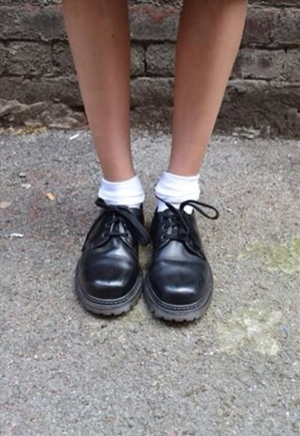 shoes black shiny soft grunge minimalist
