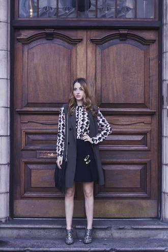 at fashion forte blogger shoes geometric black skirt