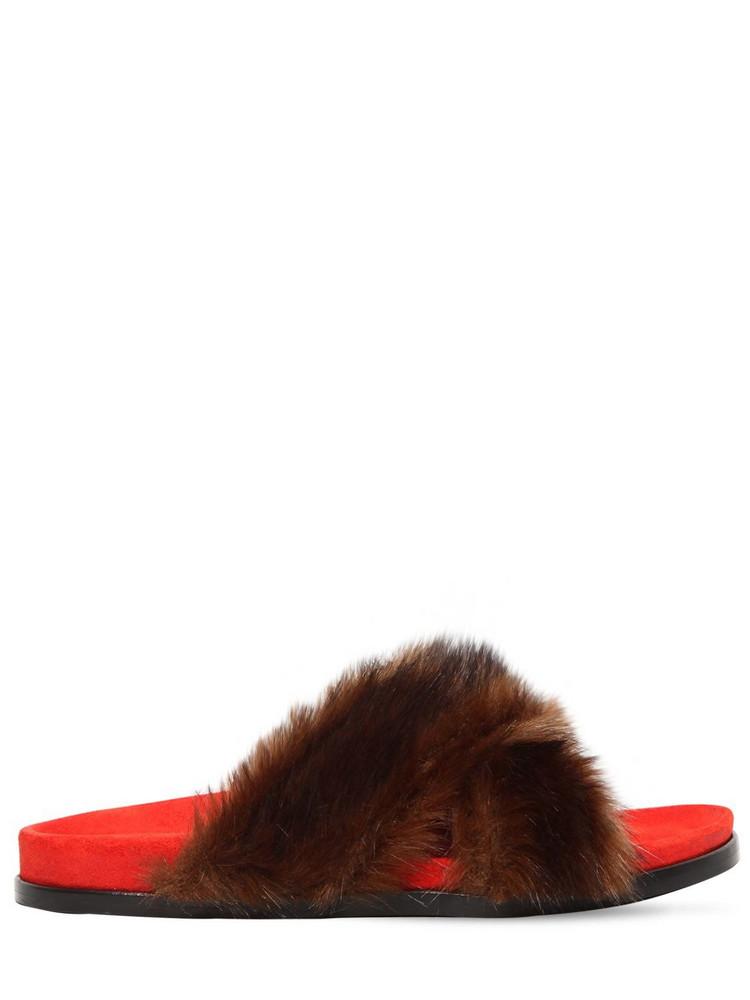 AVEC MODÉRATION 20mm Faux Fur Slide Sandals in brown / orange