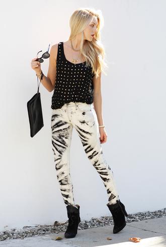 cheyenne meets chanel pants jeans t-shirt shoes jewels sunglasses bag