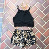 tank top,fringed top,crop tops,top,black fringe top,black crop top,necklace,gold necklace,cute top,cute crop to,High waisted shorts,jewels,shorts