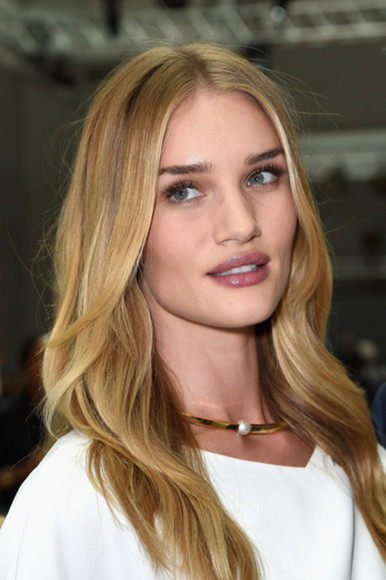 rosie huntington-whiteley fashion week 2014 jewels necklace