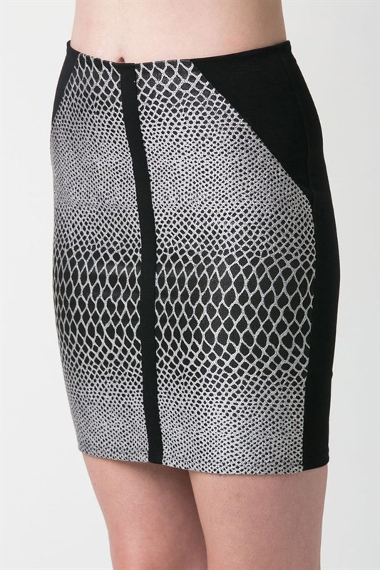 Black and White Scale Print Skirt