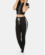 girl,girly,girly wishlist,black,white,crop,crop tops,cropped,joggers,joggers pants,cute,matching set,two-piece