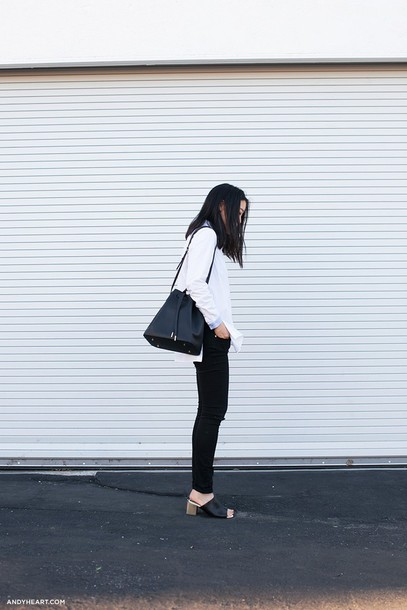 andy heart blogger black bag bucket bag