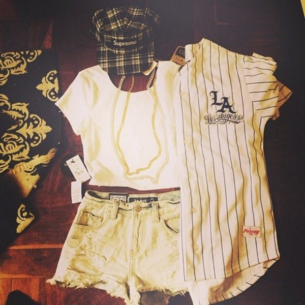 shorts jersey ripped shorts gold chain baseball jersey vintage jacket black and gold detail jacket Black and gold jacket shirt
