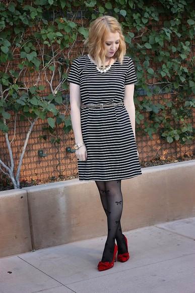 tights blogger jewels fashion flirtation Belt bows striped dress red heels hair accessories