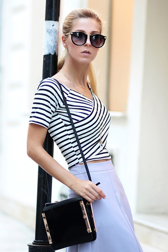 bag black bag streetstyle stylemoi top elegant bag t-shirt summer outfits
