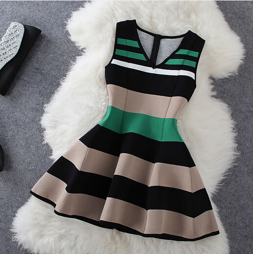 Popular clothing — fashion stripe sleeveless v