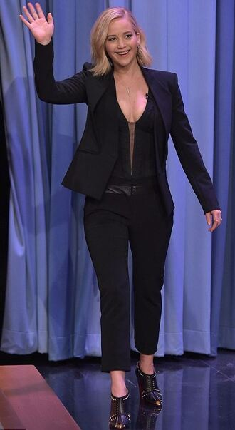 shoes pants jacket suit blazer jennifer lawrence fall outfits all black everything