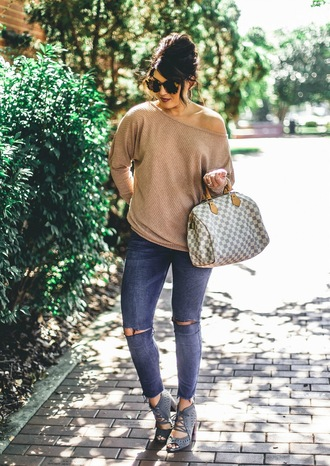 life & messy hair blogger sweater bag sunglasses jewels shoes fall outfits beige sweater louis vuitton bag