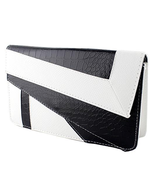White Black Crocodile Leather Clutch Bag - Sheinside.com