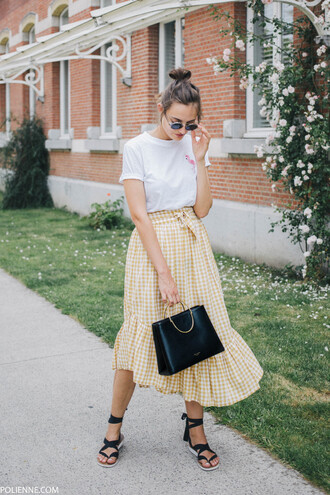 skirt bag tumblr midi skirt gingham black bag t-shirt white t-shirt sandals flat sandals shoes gingham skirt asymetrical skirt