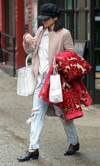 jeans boyfriend jeans vanessa hudgens flats hat shoes