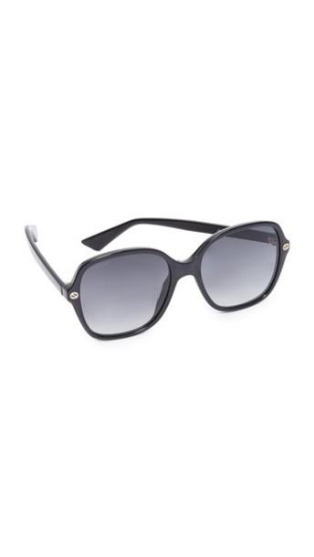 Gucci Sensual Romanticism Rectangle Sunglasses in black / grey