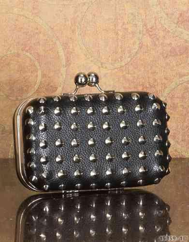 Box clutch tasche schwarz mit nieten