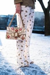 bag,tumblr,embroidered,floral,floral bag,chain bag,gucci,gucci bag,pants,wide-leg pants,printed pants,bracelets,jewels,jewelry