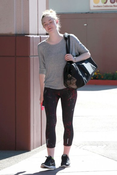elle fanning leggings