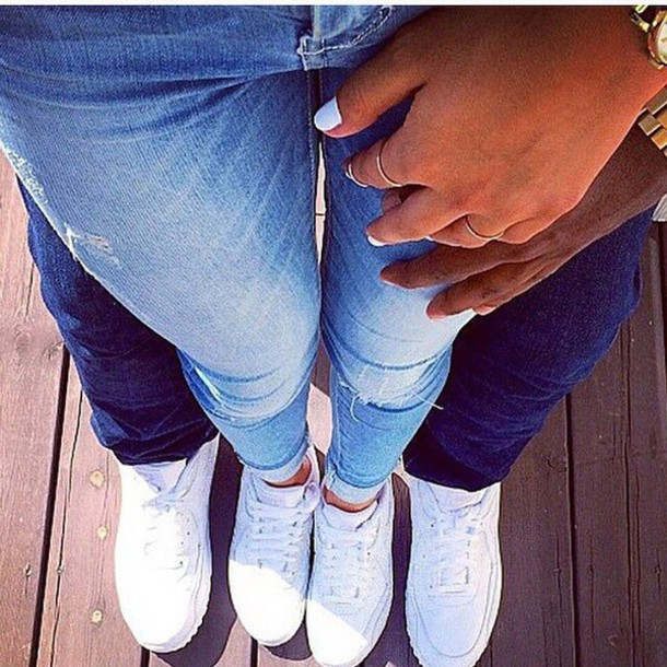 Фото ног девушки и парня 16 фотография
