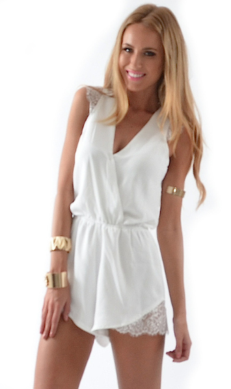 SKYLIGHT PLAYSUIT WHITE - MISSHOLLY