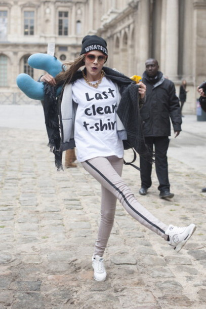 cara delevingne black and white graphic tee white t-shirt
