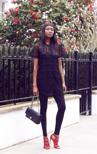 bisous natascha blogger leggings red heels chanel bag mesh