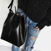 bag,black bag,bucket bag,shoulder bag,leather bag,earphones,black,fashion vibe,noeud,fringed bag,bagsq handbags,jeans,pullover,accessories,Accessory,girl