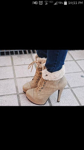 boots,boot cuffs,wool boots,wool,booties shoes,lace up,platform lace up boots,winter boots,furry boots