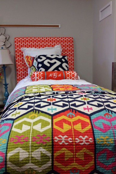 geometric pattern bedrooms home house bedding quilt colorful fun artistic dorm ikat sleep orange yellow green tribal pattern comforter dorm room turquiose