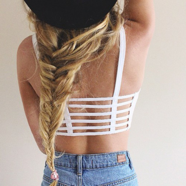 top bikini summer white stripes girl tanned bikini top bikini beach hair stripes stripes shirt crop crop tops love fashion clothes straps t-strap brallete top white crop tops crop tops tank top caged back white top white rop top caged top underwear