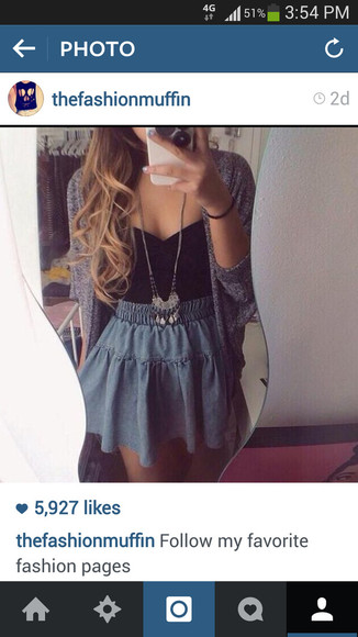 necklace top skirt