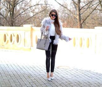 only my fashion style blogger coat pants bag shoes grey bag pumps fur coat faux fur jacket skinny pants
