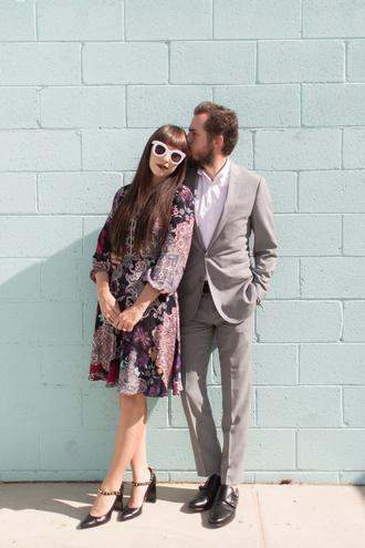 kelsey bang blogger sunglasses dress make-up shoes shirt belt printed dress mini dress pumps high heel pumps