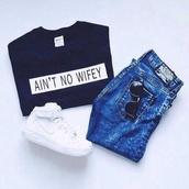 shirt,black t-shirt,black,ain't no wifey,white,bold color