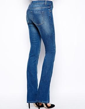 ASOS | ASOS - Lennox - Jeans a zampa con lavaggio stone wash medio su ASOS