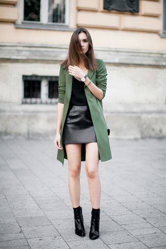 fashion agony blogger black leather skirt long coat olive green