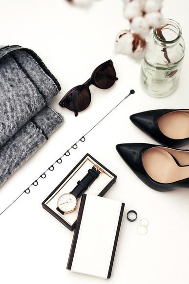 watch sirma markova blogger scarf jewels sunglasses black heels