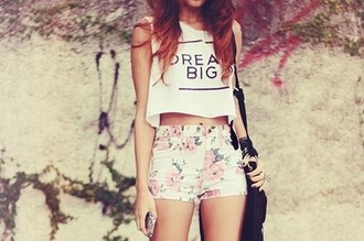 shirt croptop crop tops top love lovely summer fashion outfit clothes summer top white summer top summer outfits white white top white crop top dream big quote on it trend teenagers shorts floral shorts floral flowers muscle tee white and black shirt cute teen pink shorts high-waisted shorts high waisted short t-shirt graphic tee pants dreams bag vans tank top beautiful :3 casual white crop tops tumblr floral print shorts dreamer spring white shorts flowered shorts light wash
