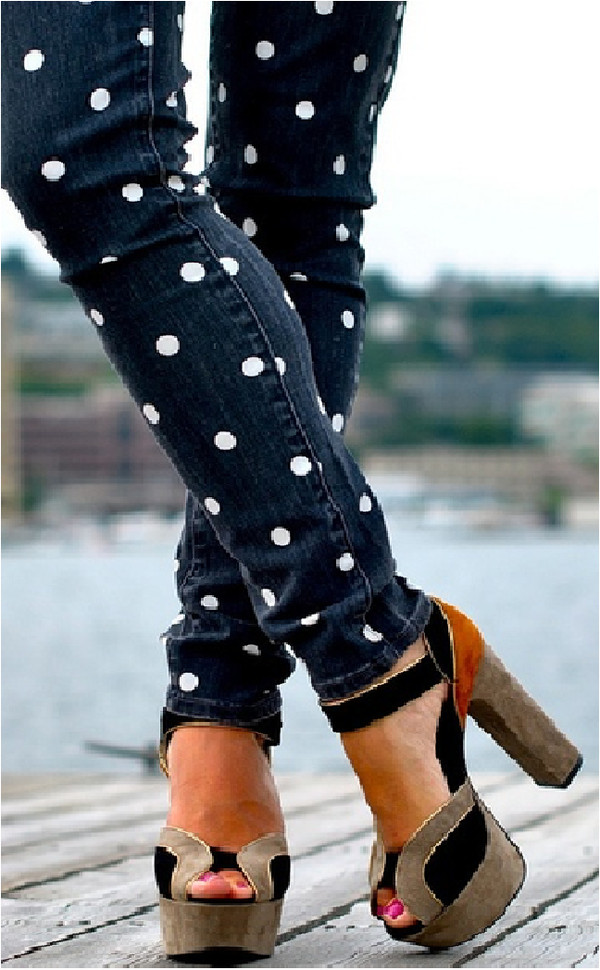 shoes polka dots denim pants jeans polka dots sandals brown high heels polka dot jean