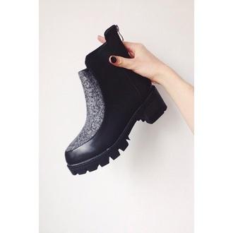 shoes black boots black chelsea boots