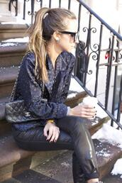 something navy,jeans,jacket,sunglasses,shoes,bag